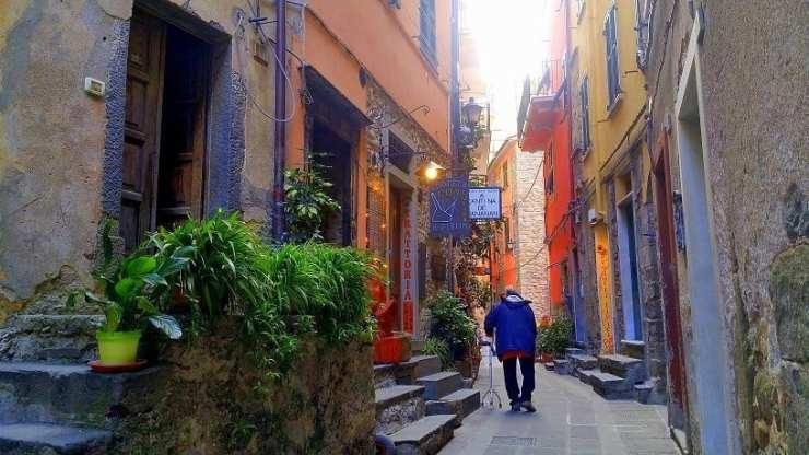 lanes-of-corniglia