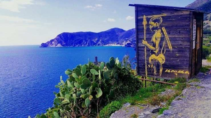 blue-trail-from-vernazza-to-corniglia