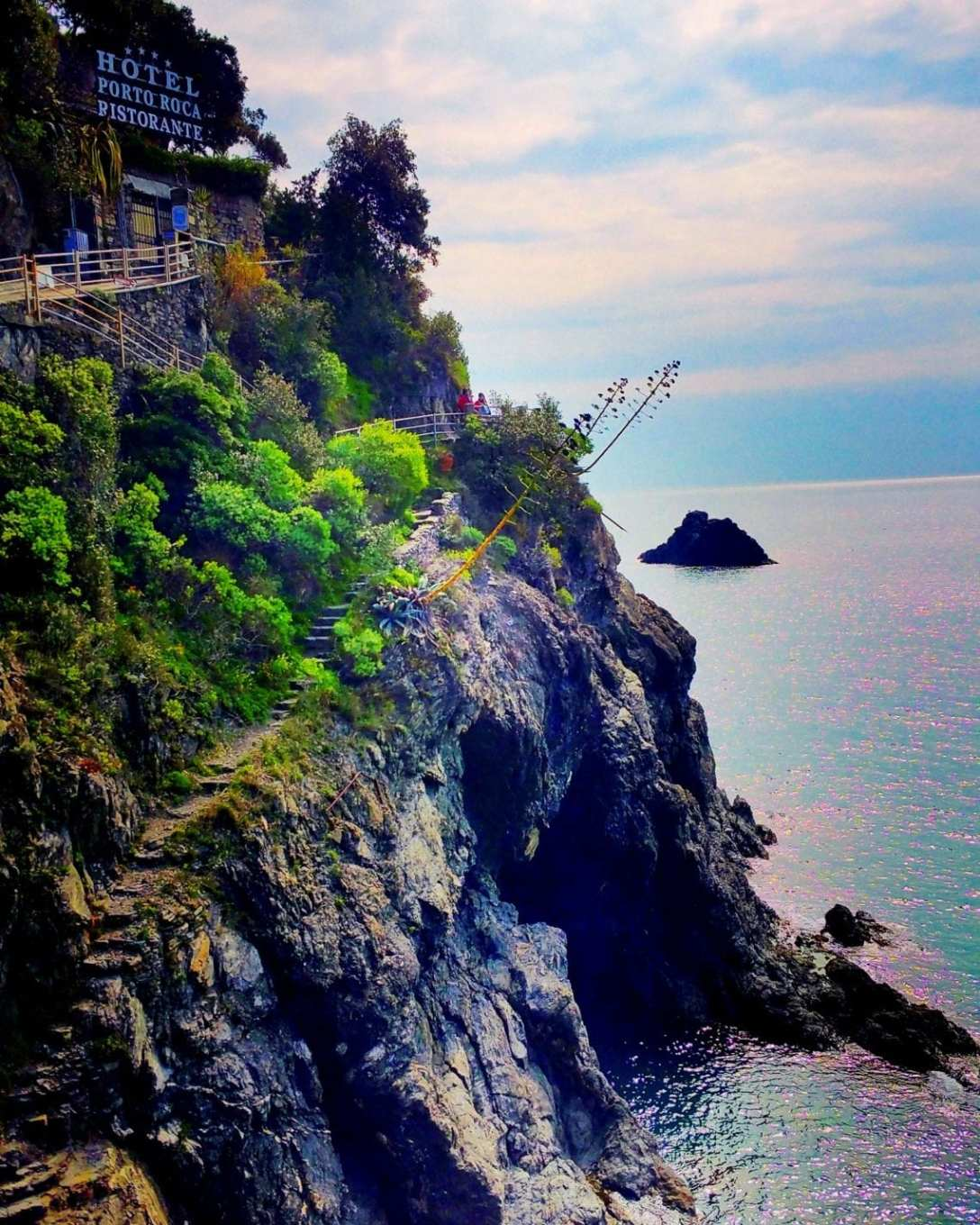 Start of the blue trail in Monterosso.jpg