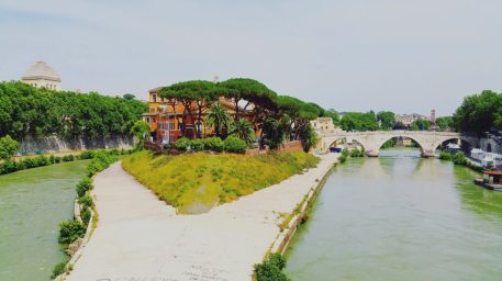 The hospital on Isola Tiber.